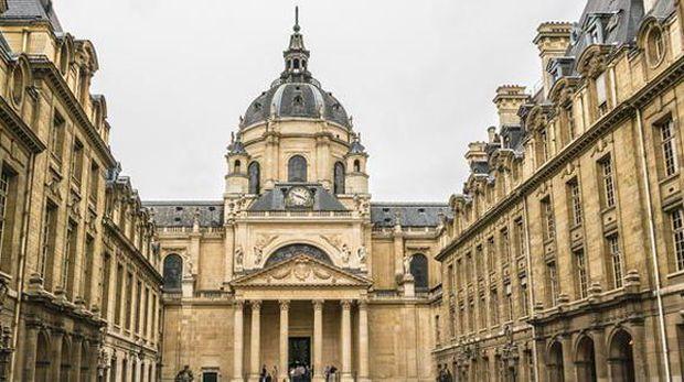 Universitas Paris