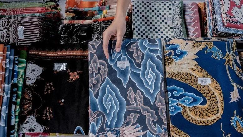 Batik Oleh-oleh Khas Indonesia