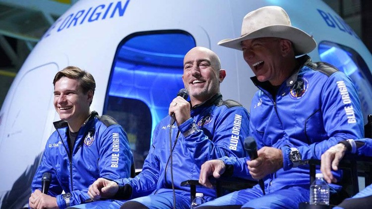 Oliver Daemen smiles during a post launch briefing where passengers described their flight experience from the spaceport near Van Horn, Texas, Tuesday, July 20, 2021. (AP Photo/Tony Gutierrez)