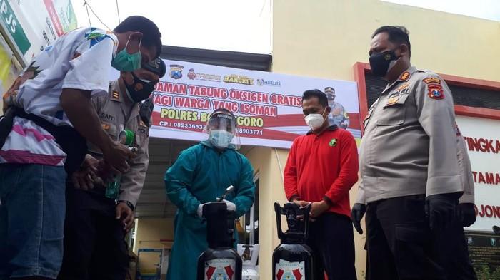 Gerai Oxigen Gratis Untuk Warga Isolasi di Bojonegoro di buka