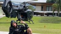 Lihat dari Dekat Helikopter Rp 222 Miliar Milik Neymar
