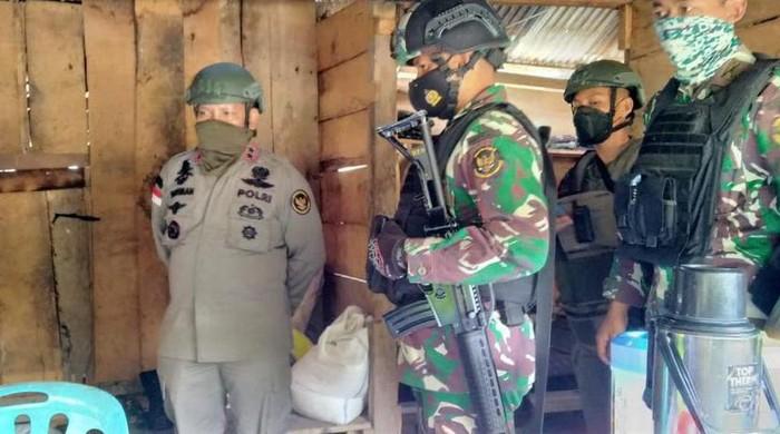 Kapolda Sulteng ikut mencari 6 DPO teroris MIT Poso (Foto: dok Satgas Operasi Madago Raya)