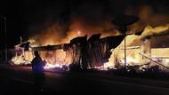 Sederet Kios di Kalibaru Banyuwangi Terbakar