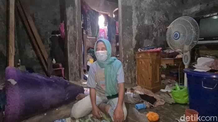 Melihat kediaman terdakwa vonis mati kasus bola sabu di Sukabumi
