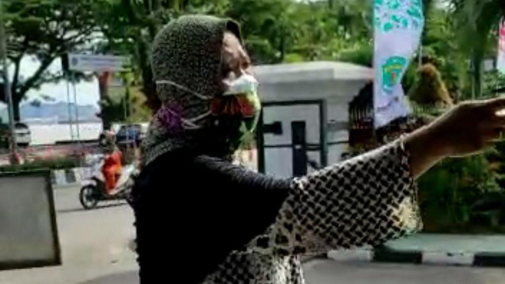 Ditolak Sejumlah RS, Pasien Corona Datangi Kantor Gubernur Kaltim