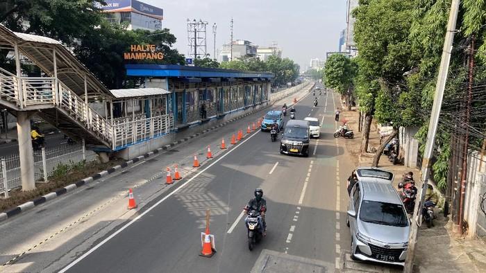 Suasana di pos penyekatan Mampang Prapatan Jaksel (Foto: Annisa/detikcom)