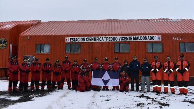 Antartika dan bendera True South