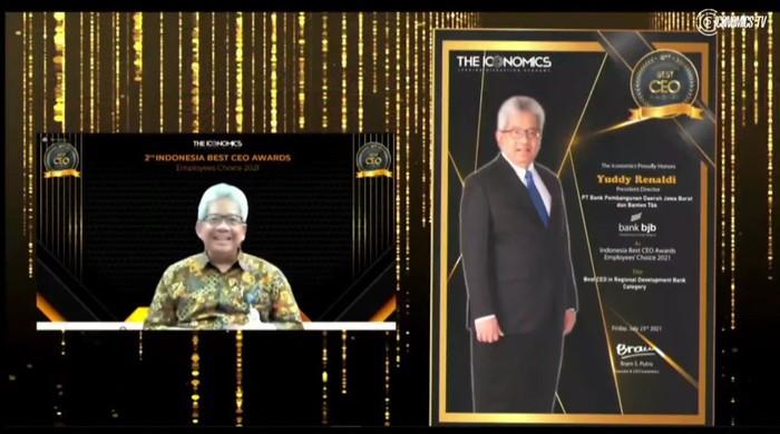 Dirut bank bjb Diganjar Penghargaan CEO Terbaik oleh Iconomics