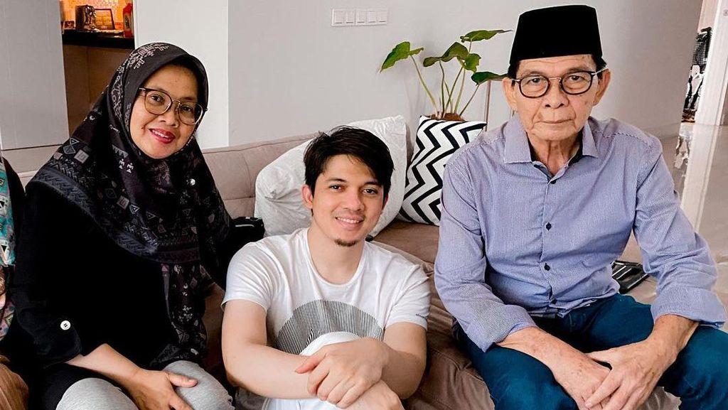 Subhanallah! Ibu Irwansyah Sadar dari Koma Usai Dengar Murottal Al Quran