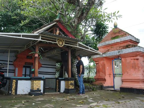 Kisah Terpendam di Kubur Jago Mojokerto, Ayam Dierami Ular Menangkan Sayembara Majapahit