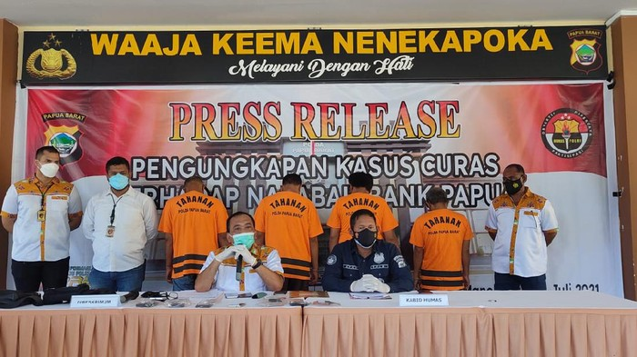 Konferensi pers di Polda Papua Barat  (dok. Polisi)