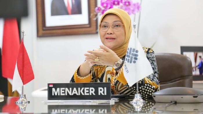 Menaker Ida Fauziah meyakini industri kreatif mampu menghadapi pandemi Covid-19 dengan pemanfaatan teknologi, berkolaborasi, dan meningkatkan kompetensi.