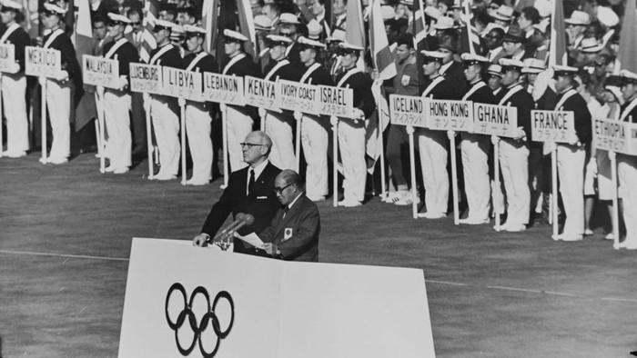 Sebelum menjadi tuan rumah tahun ini, Jepang pernah menggelar Olimpiade Tokyo 1964. Perhelatan olahraga ini berlangsung semarak jauh sebelum pandemi COVID-19.