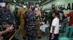 Serbuan Vaksinasi TNI AL untuk Warga Maritim di Kepulauan Seribu