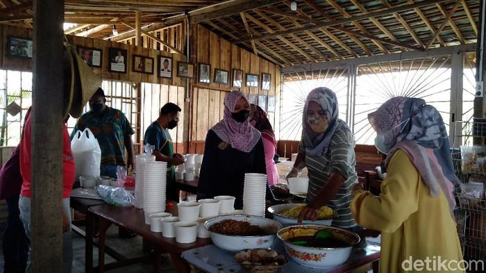 Dapur umum untuk warga isoman di Purbalingga