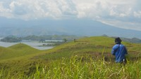 Pemandangan Surga di Papua Ini Simpan Situs Megalitik-Fosil Kayu