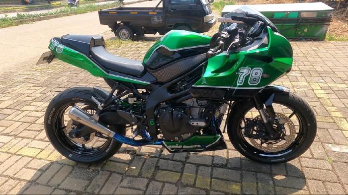 Modifikasi Kawasaki Ninja ZX-25R ala cafe racer