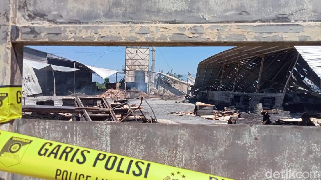 Kebakaran Pabrik Pengolahan Kayu di Kota Probolinggo Padam, Kerugian Rp 10 M
