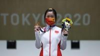 Atlet China Rebut Emas Pertama di Olimpiade Tokyo 2020