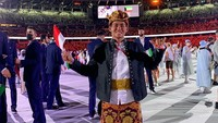 Sosok Rio Waida, Atlet Surfing yang Berbaju Adat Bali di Pembukaan Olimpiade