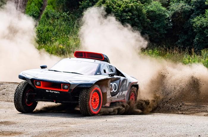 Road to Dakar - Test Audi Sport