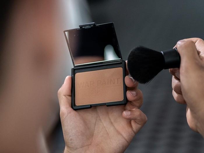 toko makeup pria pertama war paint for men
