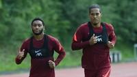 Van Dijk dan Gomez Masih Absen di Laga Uji Coba Liverpool
