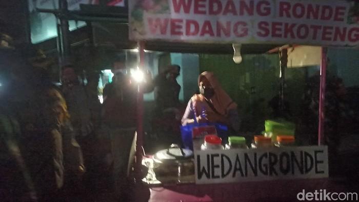 PPKM Darurat, Omzet Penjual Wedang Ronde Turun Jadi Rp 100 Ribu per Hari
