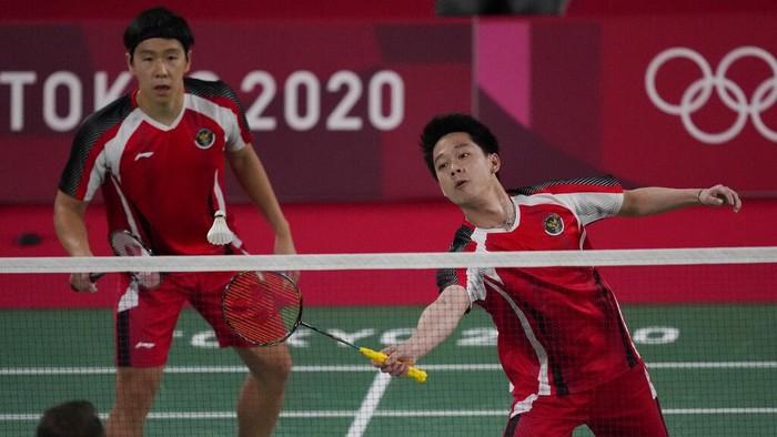 Tim Bulutangkis Indonesia catat sejarah baru di Olimpiade. Mereka mampu memenangi seluruh laga awal di Olimpiade Tokyo kali ini. Mantap!
