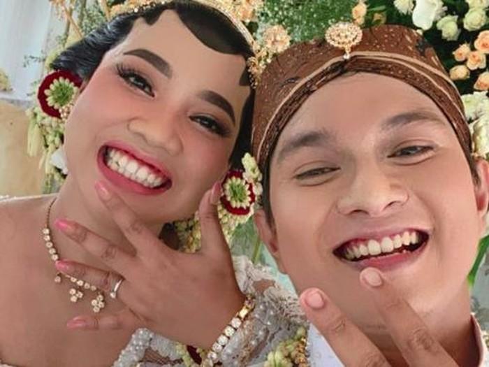 Mumuk Gomez resmi menikah
