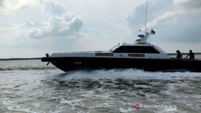 Polda Riau gagalkan selundupan sabu 3 kg yang dibawa kapal berbendera Malaysia.