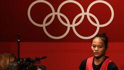 Olimpiade Tokyo: Puan Bangga Medali Pertama Indonesia dari Atlet Perempuan