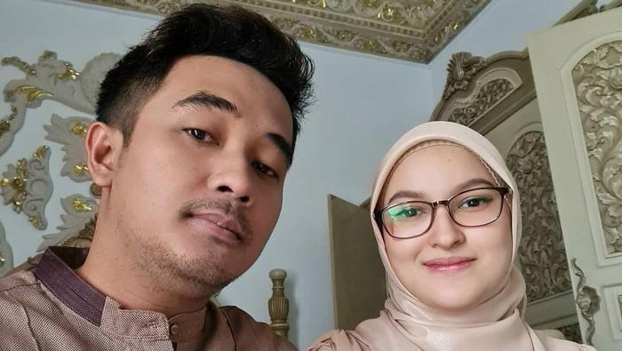 Claudya Harida dan Aswin Yanuar
