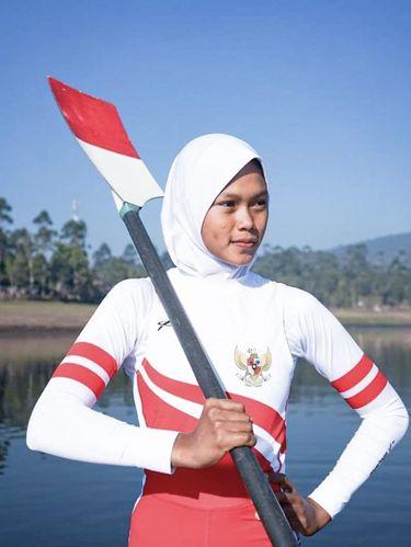 Foto atlet dayung, Mutiara Rahma Putri.
