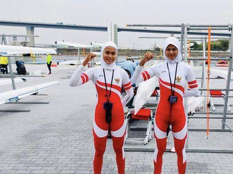 Foto atlet Rowing Mutia dan Melani.