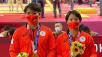 Wow! Kakak-Adik Ini Sabet Medali Emas Olimpiade 2020