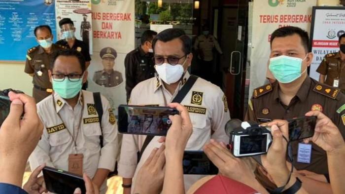 Kejari Prabumulih menetapkan 2 orang tersangka terkait dugaan korupsi kredit modal kerja di salah satu bank BUMN sehingg menyebabkan negara rugi Rp 5,9 miliar. (dok Istimewa)