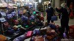 Kembali Dibuka, Pasar Tanah Abang Masih Sepi Pengunjung