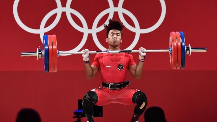 Lifter Indonesia, Deni, gagal merebut medali di Olimpiade Tokyo 2020. Bermain di kelas 67 kg, Deni menempati peringat 9 dengan angkatan total 301 kg.