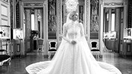 6 Potret Cantik Lady Kitty Spencer Bergaun Megah Saat Dinikahi Miliarder