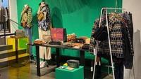 Karya Kreatif Indonesia Dipamerkan di Paris, Dingklik Sold Out