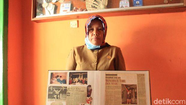 Siti Aisah, ibunda lifter Windy Cantika Aisah