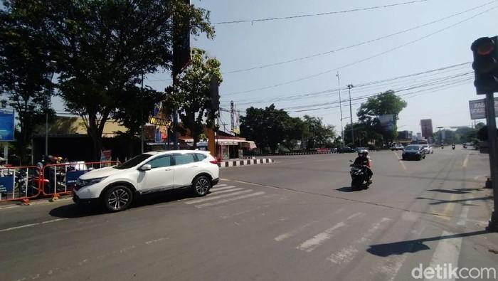Suasana Jalan Lawu, Karanganyar, yang kembali dibuka aksesnya, Senin (26/7/2021).