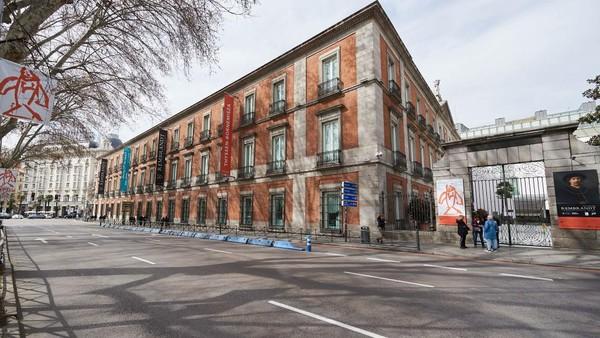 Kawasan ini memang sangat bersejarah. Dalam situsnya, UNESCO menyebut jalan raya di jantung kota Madrid itu sebagai perwujudan ide baru tentang ruang kota di abad ke-18. Carlos Alvarez/Getty Images