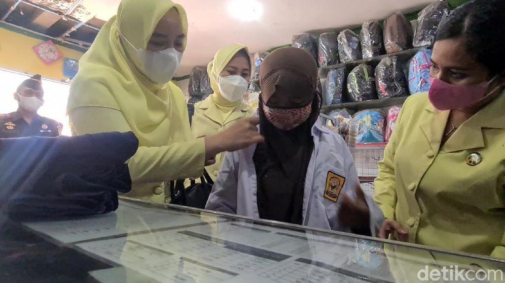 Alhamdulillah, Bocah Penjual Gorengan di Sukabumi Kembali Bersekolah