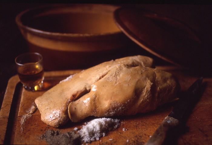 Sisca Kohl Dikritik karena Makan Foie Gras, Ini 5 Fakta Produksi Foie Gras