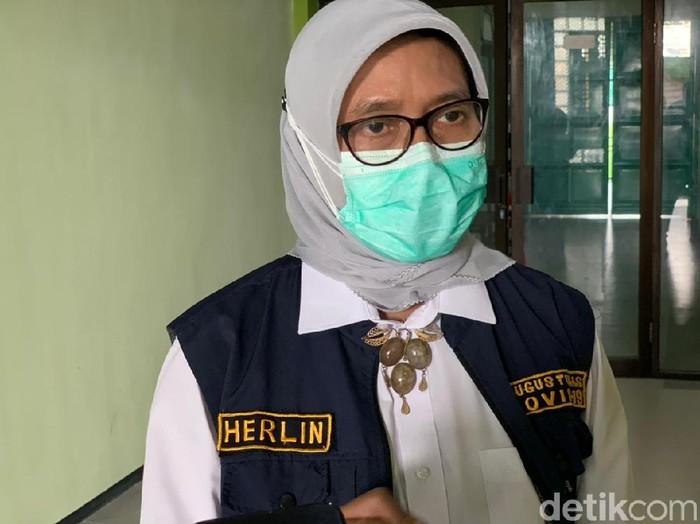 Pemprov Jawa Timur menargetkan herd immunity pada 17 Agustus mendatang. Namun, stok vaksin di Jatim justru menipis saat ini.