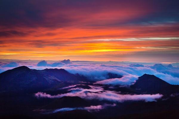 Ini adalah keindahan KawahHaleakala yang terkenal. (Getty Images/YinYang)