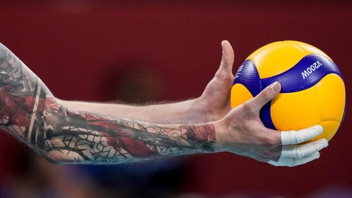 Jepang sudah lama memiliki hubungan buruk dengan budaya tato. Tantangan tabu tersebut kini didobrak para atlet saat ajang Olimpiade.