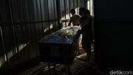 25 Jenazah Telantar di RSUP Sanglah Bali Dikremasi